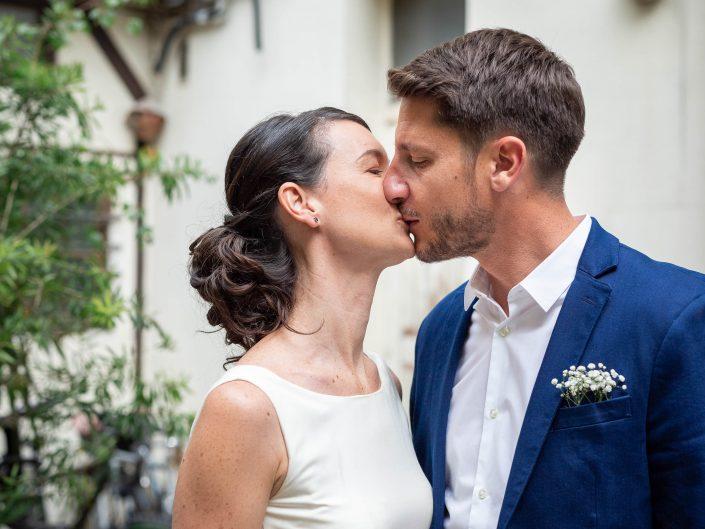 photographe mariage paris haut de gamme chic préparatifs marié préparatifs first look