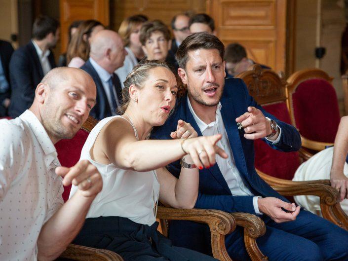 photographe mariage paris haut de gamme chic préparatifs mariés mairie parents