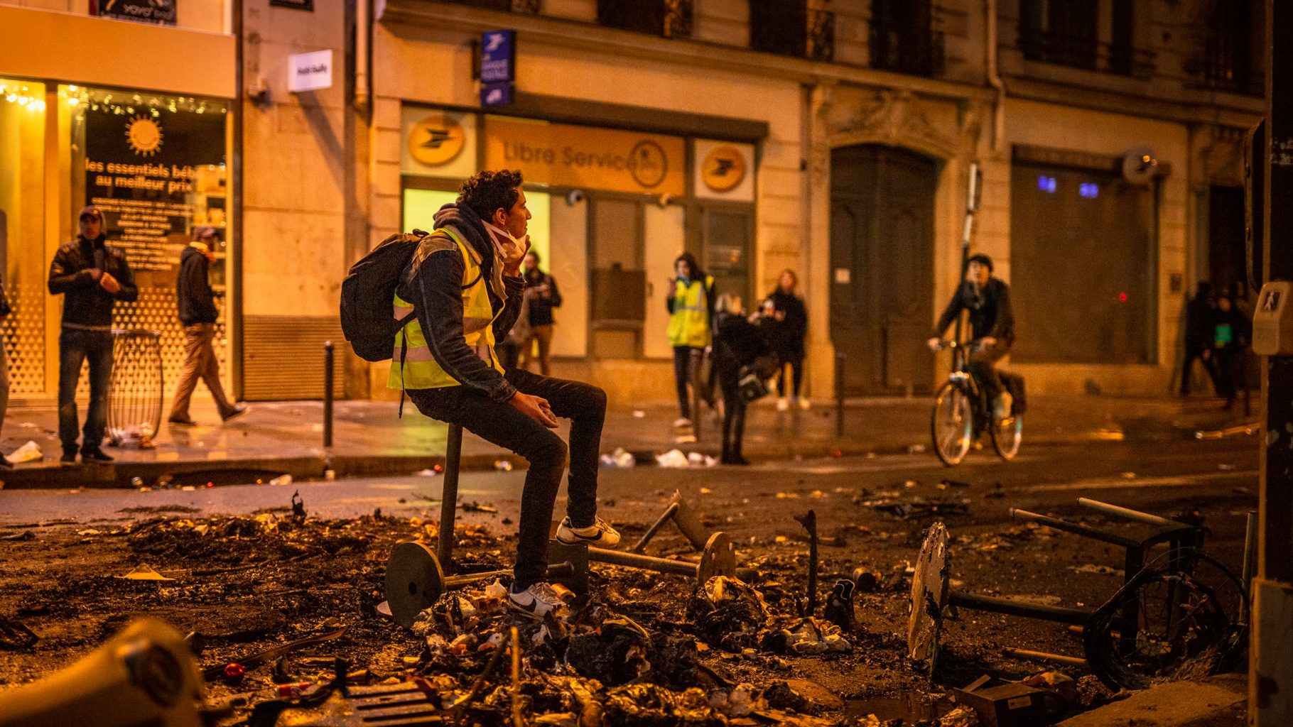 gilets jaunes-paris-manifestation-macron-violences-émeutes-guillaume galmiche-Highwire Photography