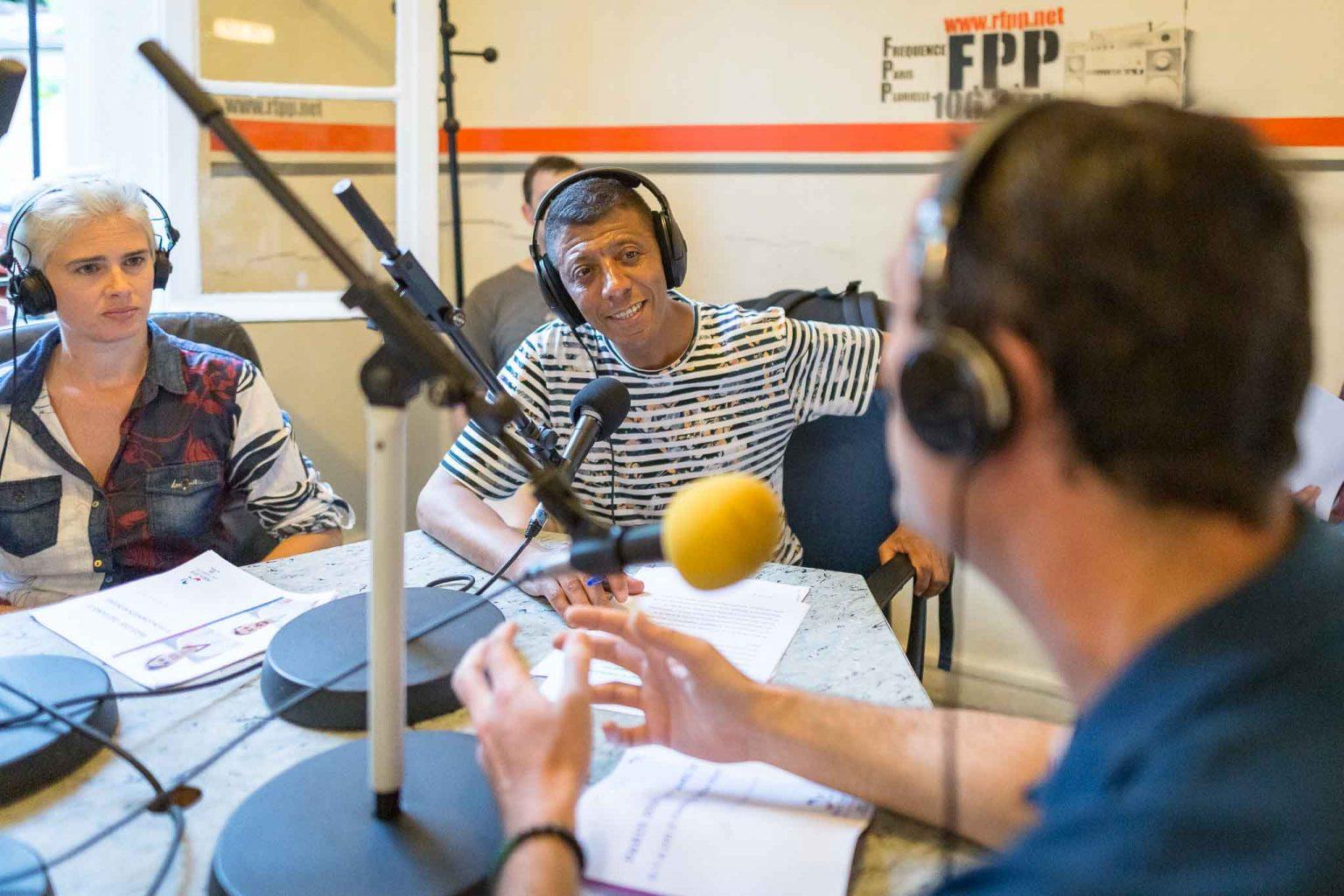 reportage homomicro podcast reportage radio interview paris